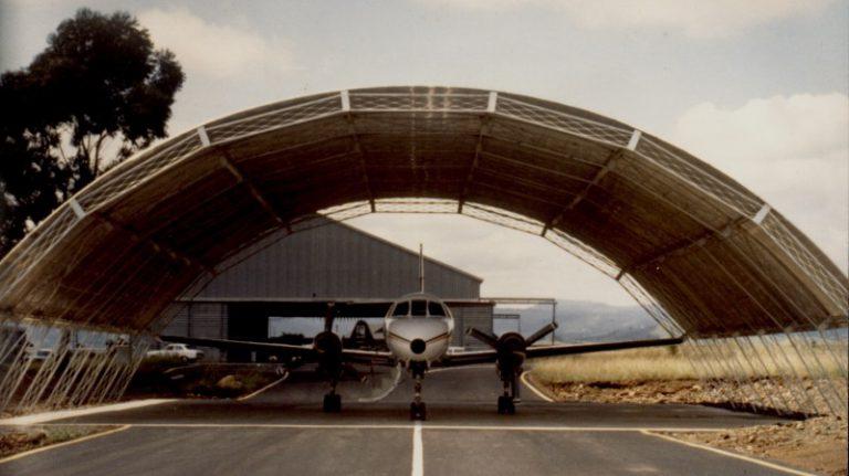 Open Aircraft Hanhar