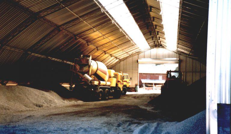 Bulk storage roof